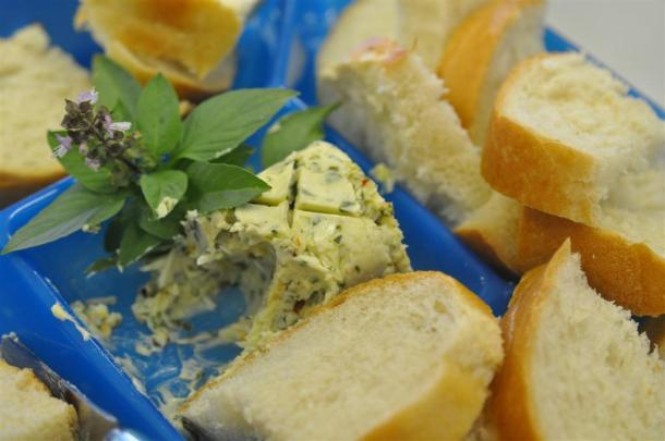 Basil Butter With Bread
