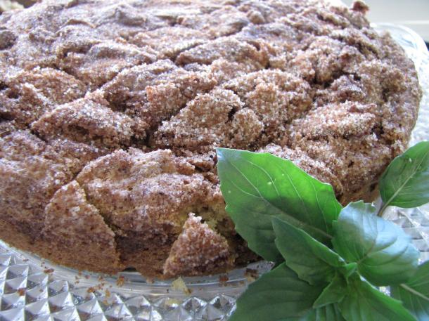 Cinnamon Basil Cake Swirl Cake