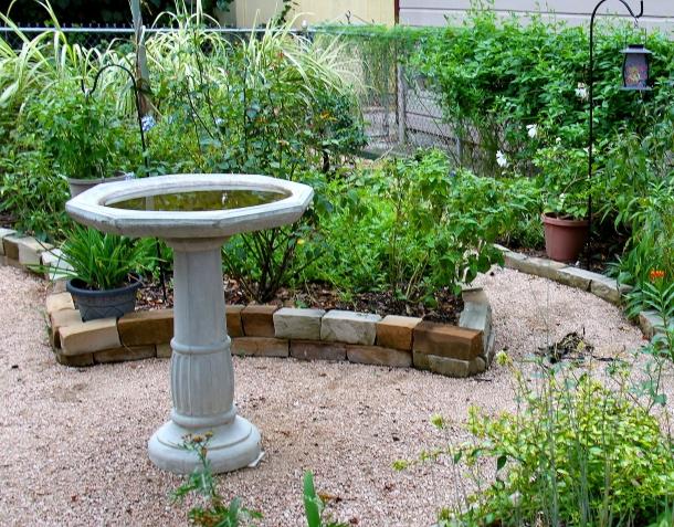 burke-garden-pic-program